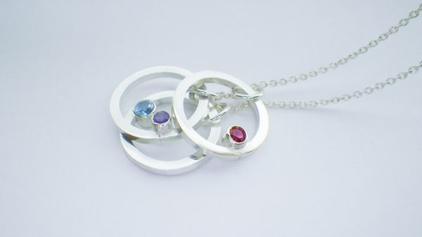Three rings pendant